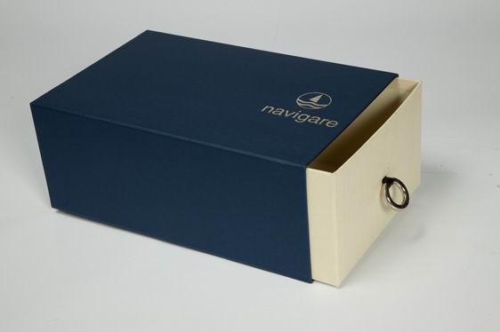 Mẫu in hộp đựng giày cao cấp