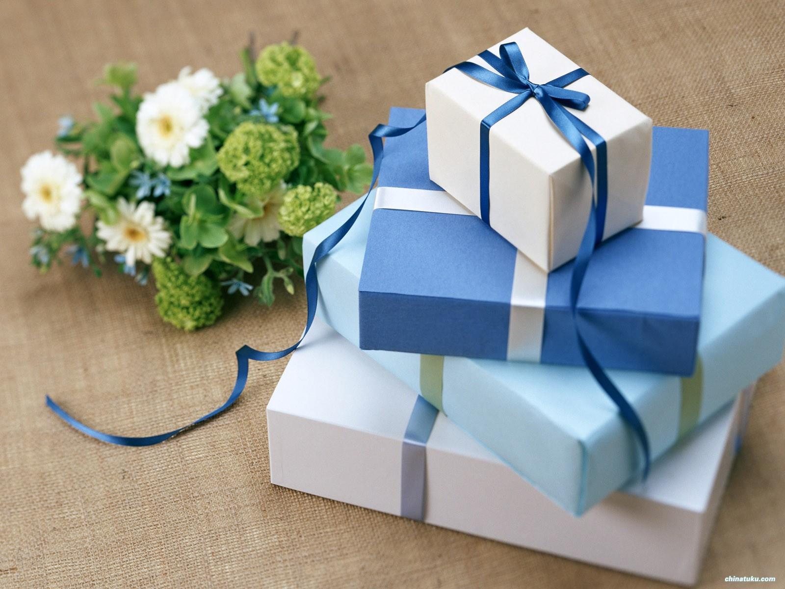 In hộp giấy quà tặng giá rẻ